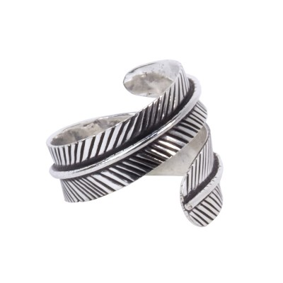 Anillo hoja AN144IN